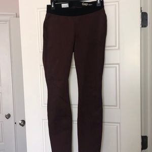 Gap Low band Maternity skinny jeans- burgundy